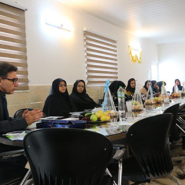 جلسه استارمس با مدیران مهد در بهزیستی بابل